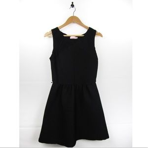 Candie's Pleaded Black Dress With Back Bow Large